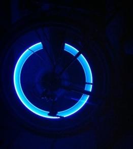 RBrothersTechnologie 2 Stück LED Ventilkappen Radbeleuchtung Licht Felgenlicht Tuning Auto BLAU - 1
